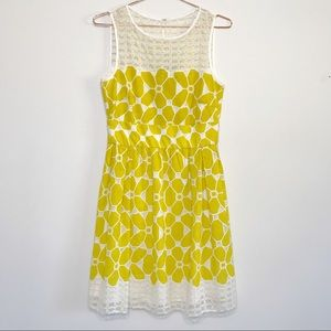 Gabby Skye Embroidered Floral Lace Dress Sz. 6